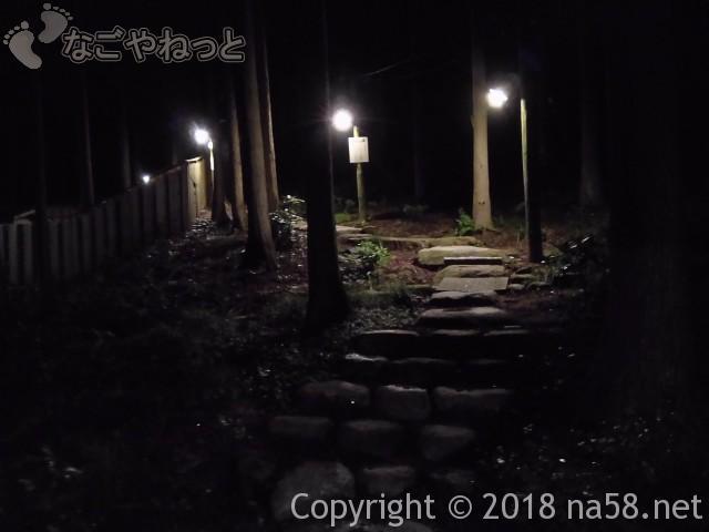 三重県菰野町「希望荘」湯けむりの里へ、「望山の湯」への道