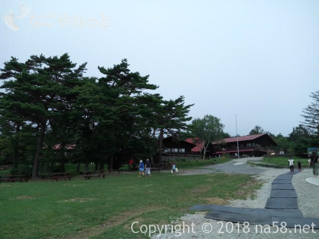 清里清泉寮(山梨県北杜市)ジャージーハットから清泉寮を見たところ
