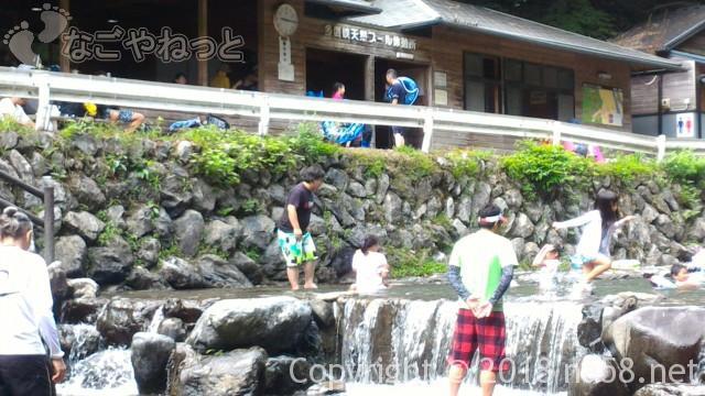 多度天然プール(三重県桑名市)ミニ滝