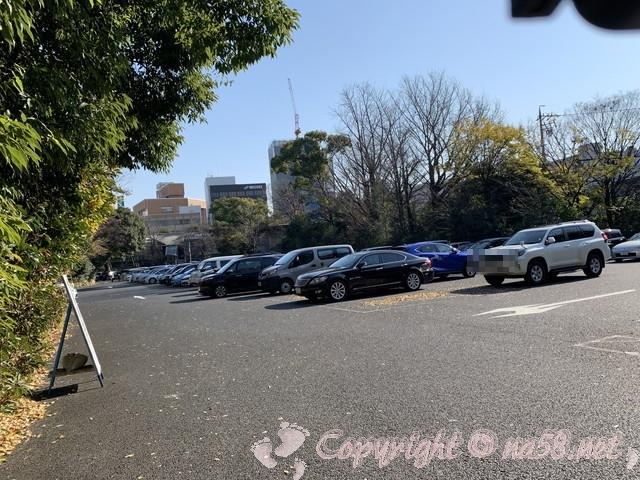 熱田神宮(名古屋市熱田区)の東門から入る第三駐車場