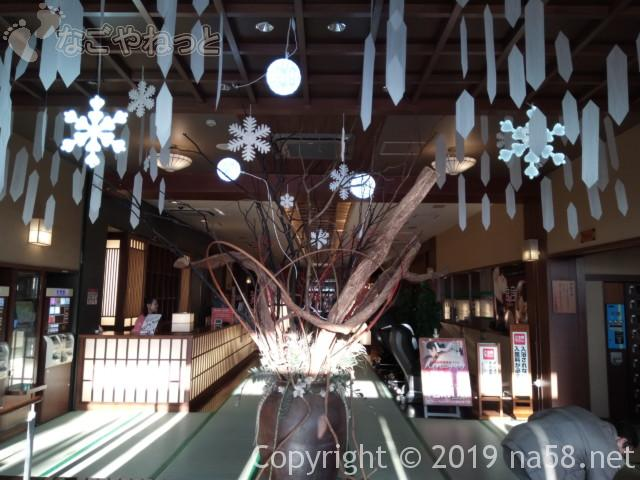 満天望(愛知県春日井市)玄関はいってすぐ、モジュールと奥につづく畳の廊下