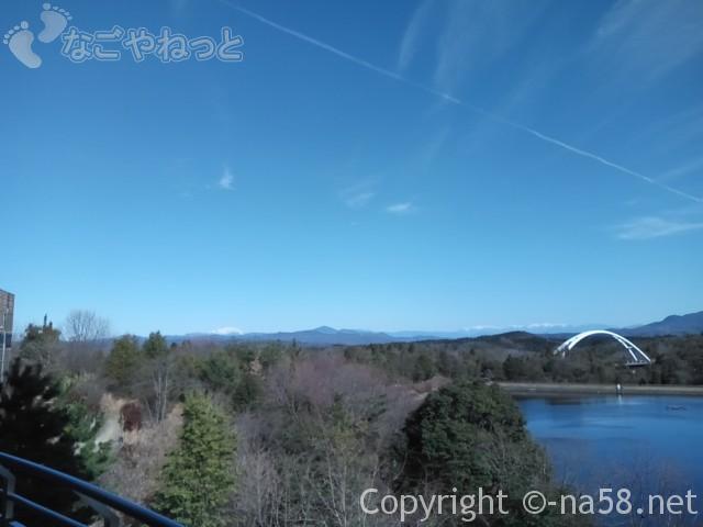 道の駅どんぶり会館(岐阜県土岐市)施設のテラスからの景観