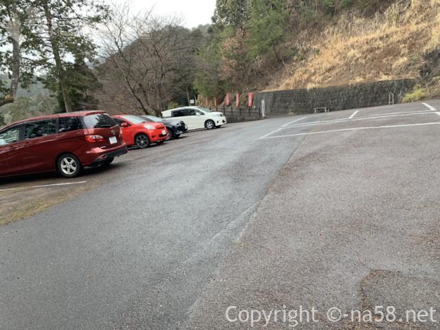 日龍峯寺、高澤観音、の第一駐車場無料