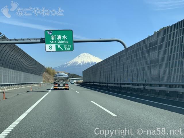 新東名のぼりからの富士山、新清水出口2019-03-14 11.12.08