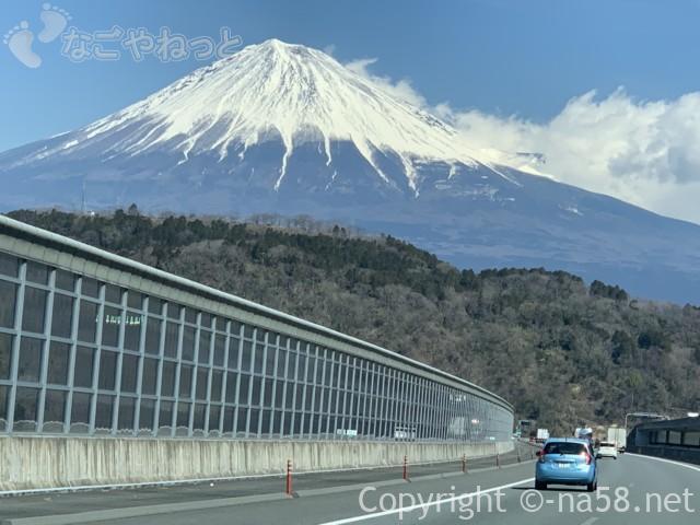 新東名のぼりからの富士山、2019-03-14 11.17.46