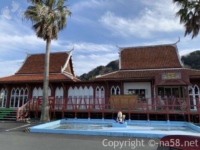 伊豆市時之栖のコテージホテル「オリーブの木」フロントとレストラ外観