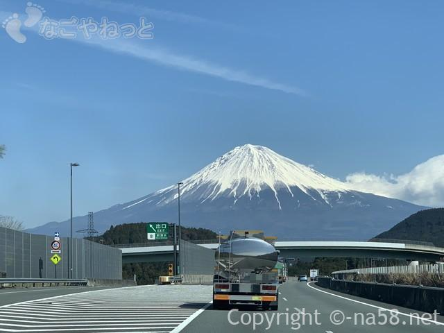 再び美しい姿を現す富士山20190316002