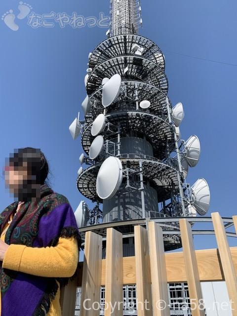 日本平夢テラスの展望回廊は日本平デジタルタワーを囲んでいます