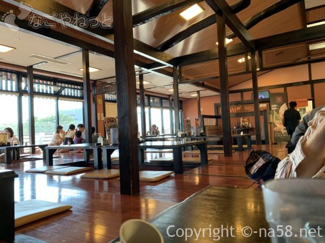和合温泉湯楽の食事処「えびす」愛知県日進市の店内