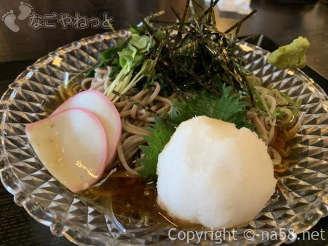 和合温泉湯楽の食事処「えびす」のコロオロシそば570円
