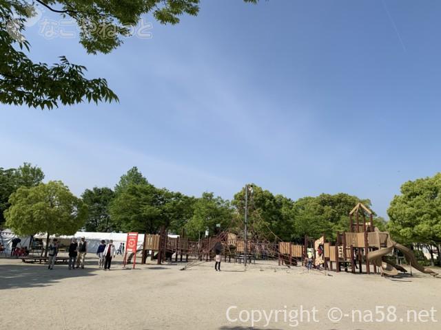 尾張津島藤まつり(愛知県津島市)天王川公園の大型遊具