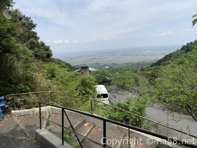 養老の滝(岐阜県養老郡養老町)一番近い駐車場から、景観が素晴らしい