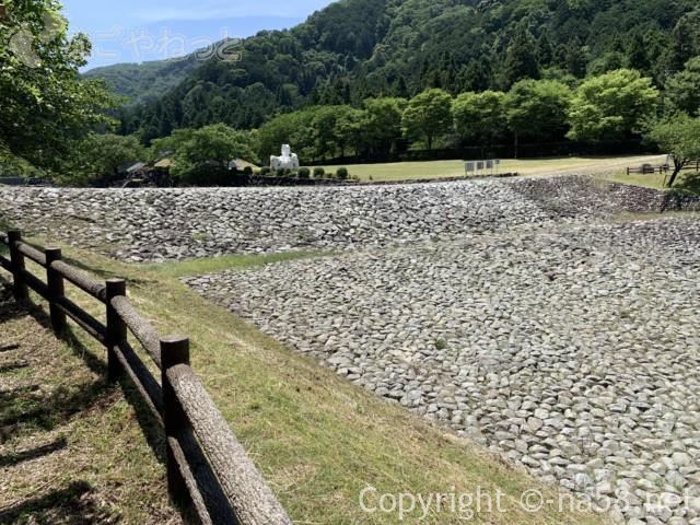 岐阜県海津市「羽根谷だんだん公園」の川の一部