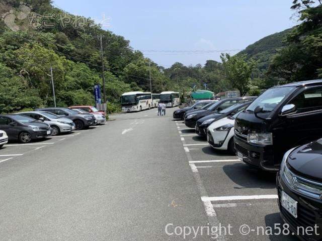 静岡県下田市海中水族館の駐車場