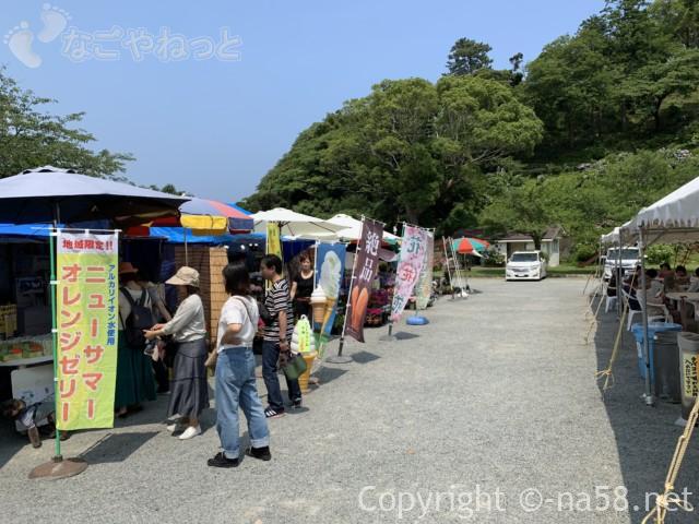下田公園(静岡県下田市)開国広場の露店の数々