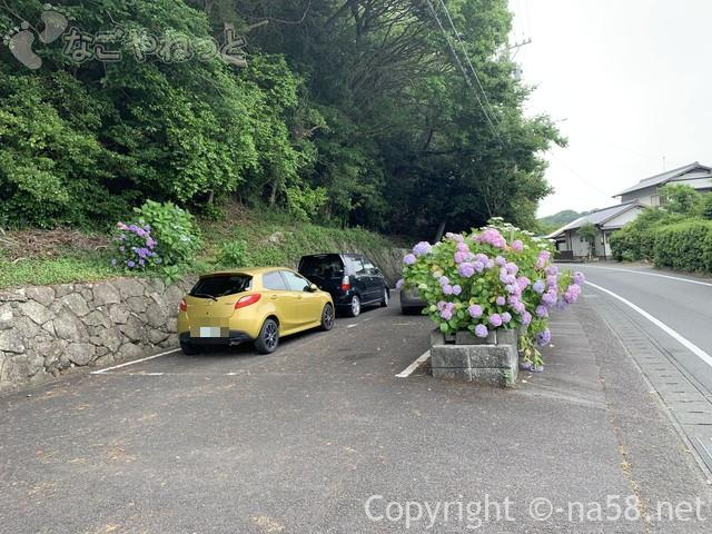 秋葉公園(静岡県牧之原市)の駐車場とあじさい