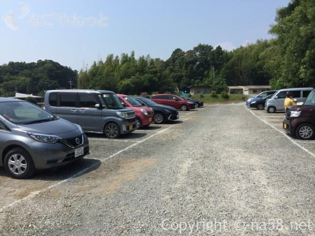 可睡ゆりの園(静岡県袋井市)の駐車場(南入り口)