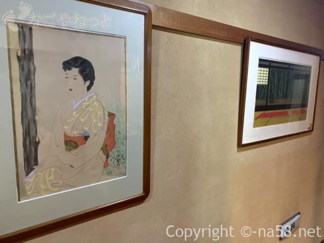 静岡県牧之原市「大鐘家」の食事処そば処門膳の部屋の飾り