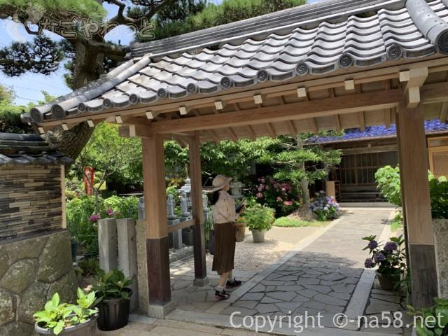 大慈寺(だいじじ)志摩のあじさい寺(三重県志摩市)の境内におじゃまします