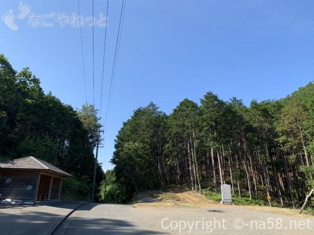 大紀町金輪 武士谷とんげの広の建物と駐車場(三重県大紀町)