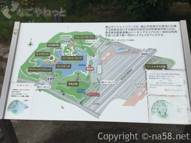 亀山ハイウェイオアシス(三重県亀山市)の案内図
