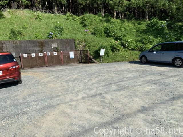 丹生神社の駐車場(三重県多気町)
