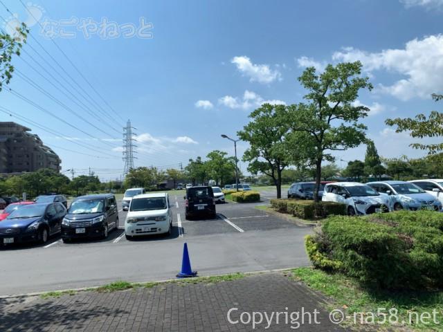 戸田川緑地(名古屋市港区)第一駐車場413台