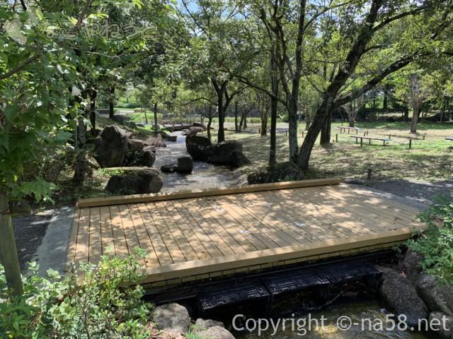 木曽三川公園センター水遊び場(じゃぶじゃぶ池)川の流れが止まるところ