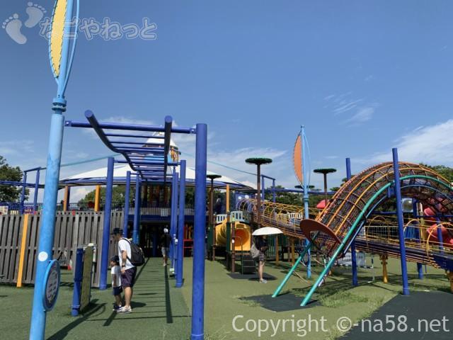 木曽三川公園センター(岐阜県海津市)北ゾーンの探検ランド遊具