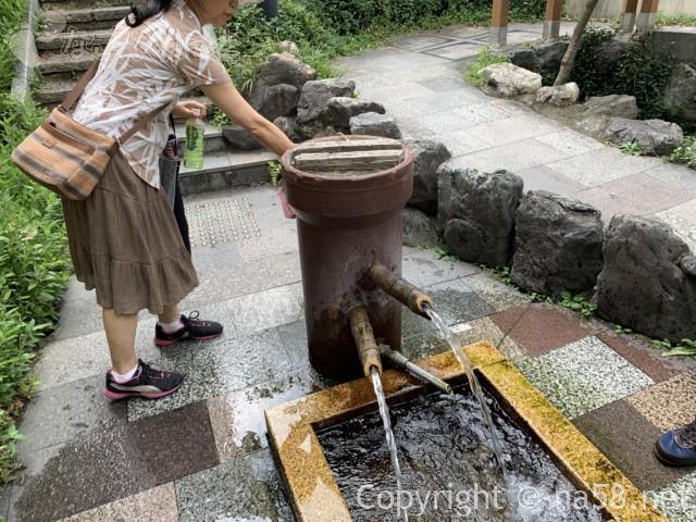 岐阜県大垣市「大手いこ井の泉(湧き水)」飲んでみるおいしい