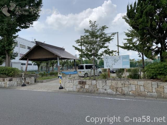 城下町大垣観光・四季の路の散策、興文小学校にあるお相撲の土俵