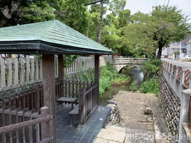 城下町大垣観光・四季の路の散策、八幡神社横の休憩所