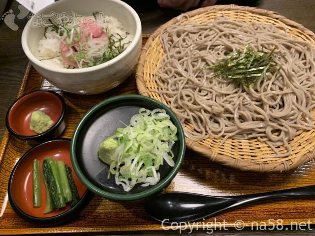 大垣駅の「おらが蕎麦」ねぎとろ丼定食ざる