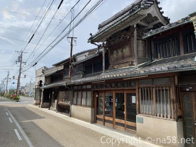 城下町大垣観光・美濃路ルートで、うだつのある商店