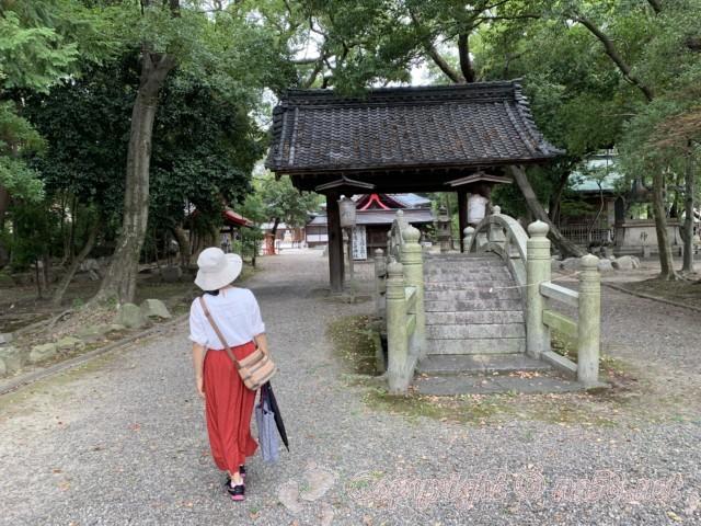 日吉神社(愛知県清須市)の境内、太鼓橋(神橋)