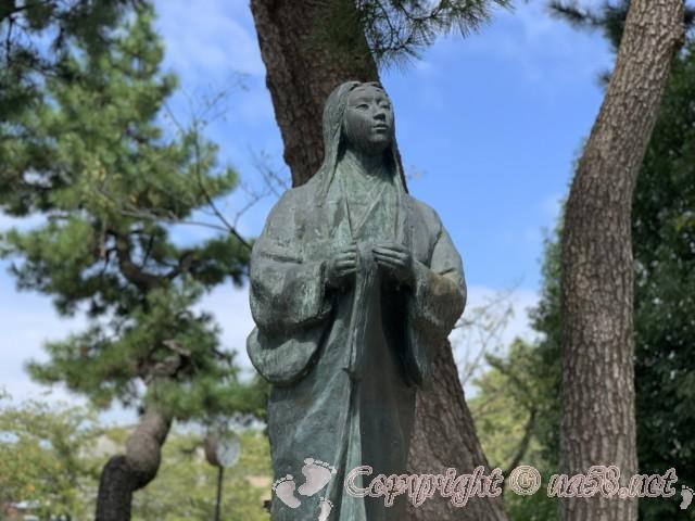 清洲公園の濃姫の銅像(愛知県清須市)