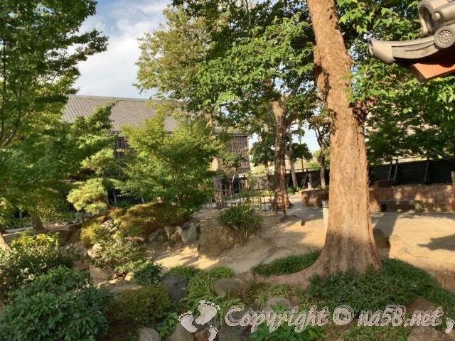 半六庭園(愛知県半田市)の回遊式庭園