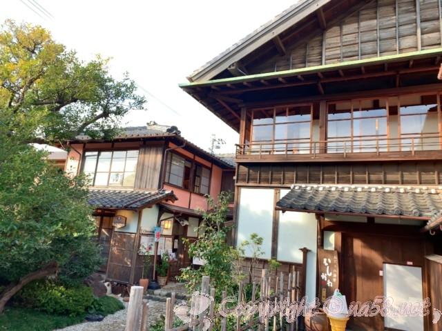 半六庭園(愛知県半田市)の母屋と飲食店