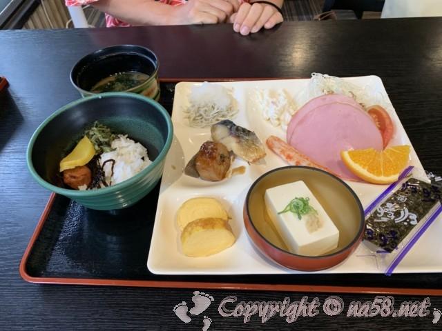 「みどり館」愛知県半田市の無料朝食