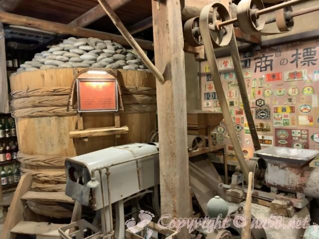 醸造「伝承館」(愛知県半田市)、味噌の六尺樽