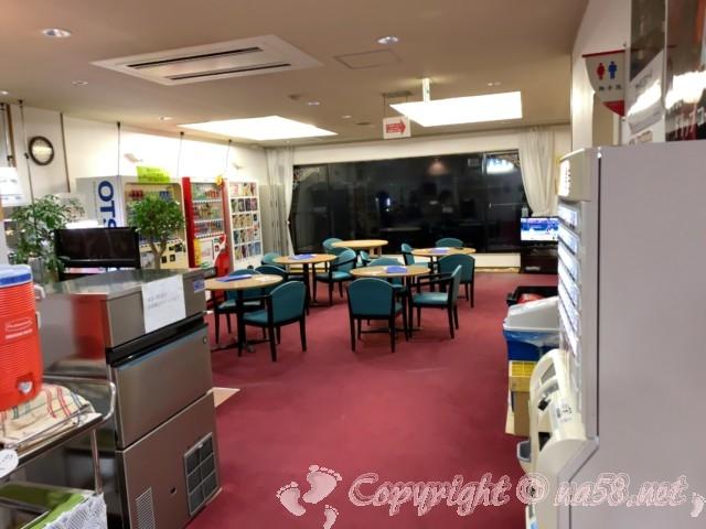 ペーロン温泉(兵庫県相生市)、道の駅白龍城にある、無料休憩室