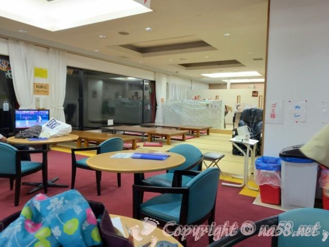 ペーロン温泉(兵庫県相生市)、道の駅白龍城にある、たたみの休憩室