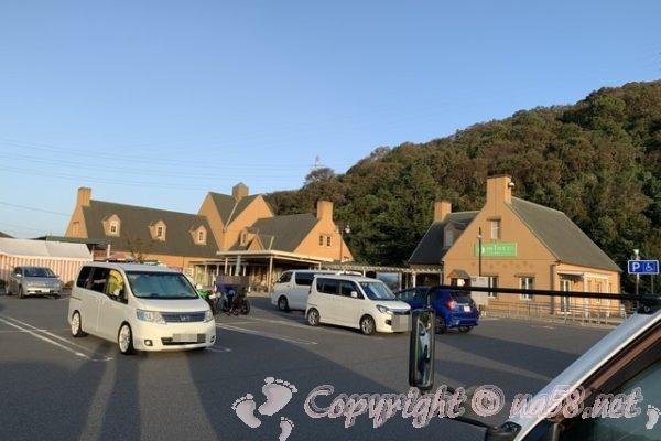 道の駅みやま公園(岡山県玉野市)で車中泊、駐車場と施設