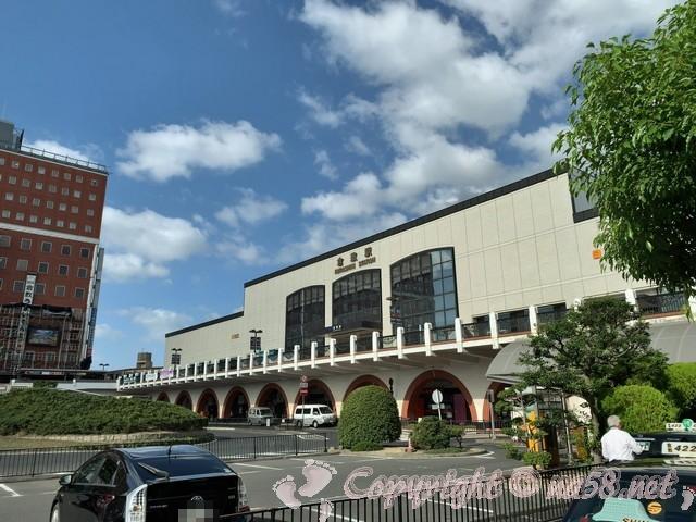 倉敷駅(岡山県)の駅舎と駅前