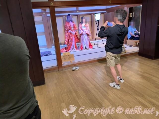 岡山城(岡山県岡山市)の着付けコーナー、御殿での撮影ができる本格派