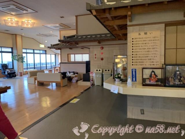 うめの湯 愛知県南知多町 二階の休憩所は広く絶景が