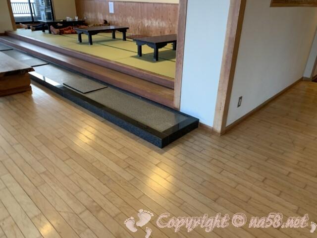 うめの湯 愛知県南知多町 二階の休憩所 畳敷きも