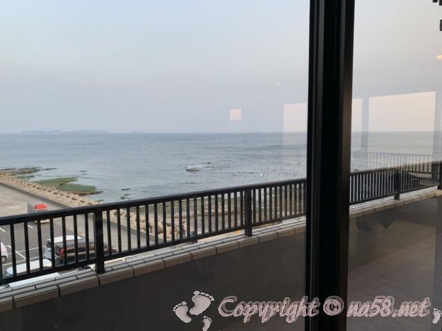 うめの湯 愛知県南知多町 二階の休憩所 伊勢湾の絶景が見える