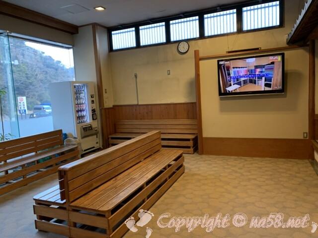 うめの湯 愛知県南知多町 一階の休憩所