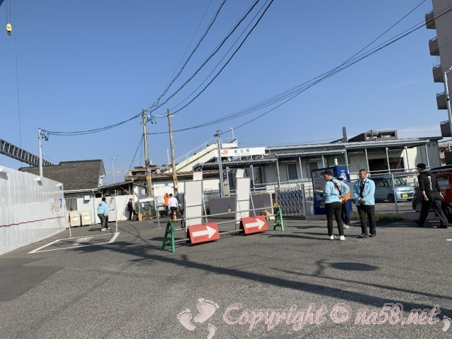 JR東海の蟹江駅とスタッフの方たち